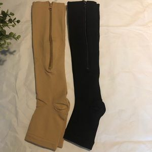 2 pairs of diabetes compression socks